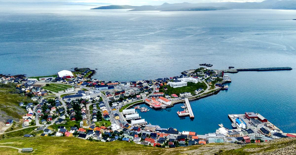 Novatek and Tschudi to Begin Transfer of LNG Near Honningsvåg in November