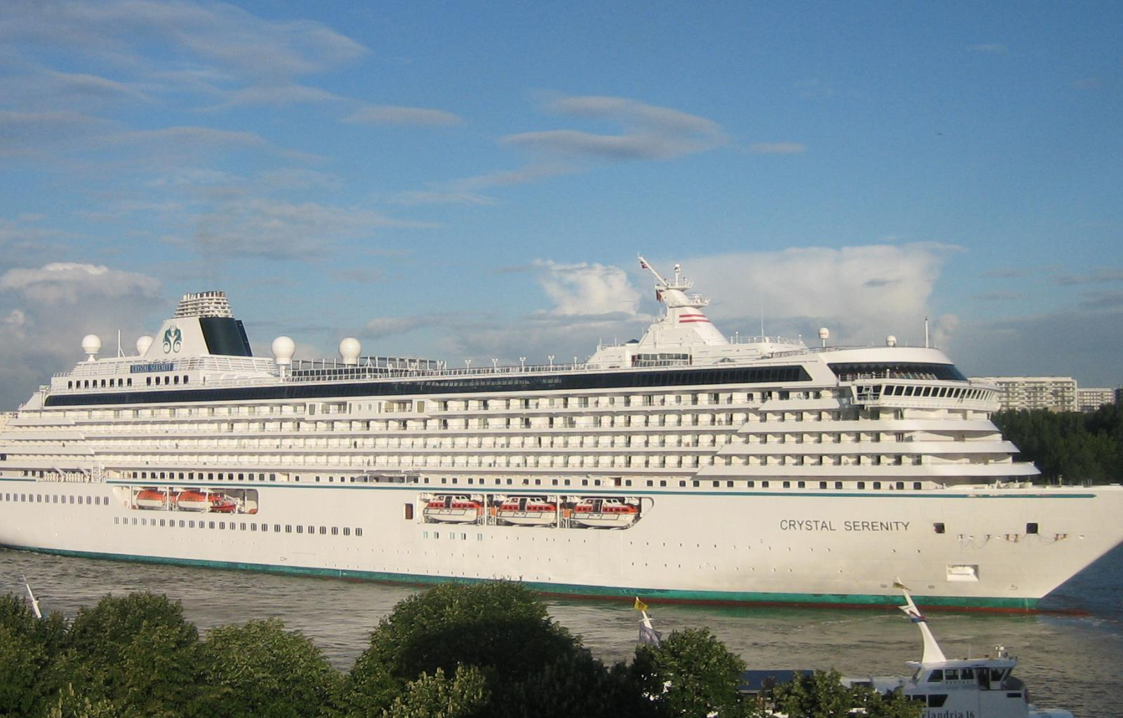 First Large Cruise Ship To Transit North West Passage This Summer